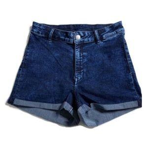 H&M Shorts - Shorts